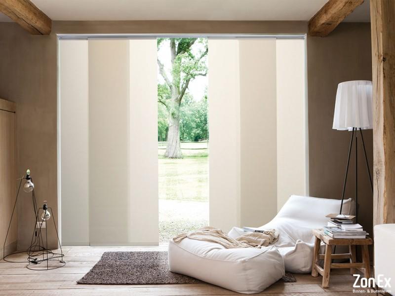 Maak grote ramen bijzonder met paneelgordijnen | Creëer zelf!