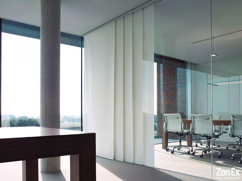 Extreem Maak grote ramen bijzonder met paneelgordijnen | Creëer zelf! RS24