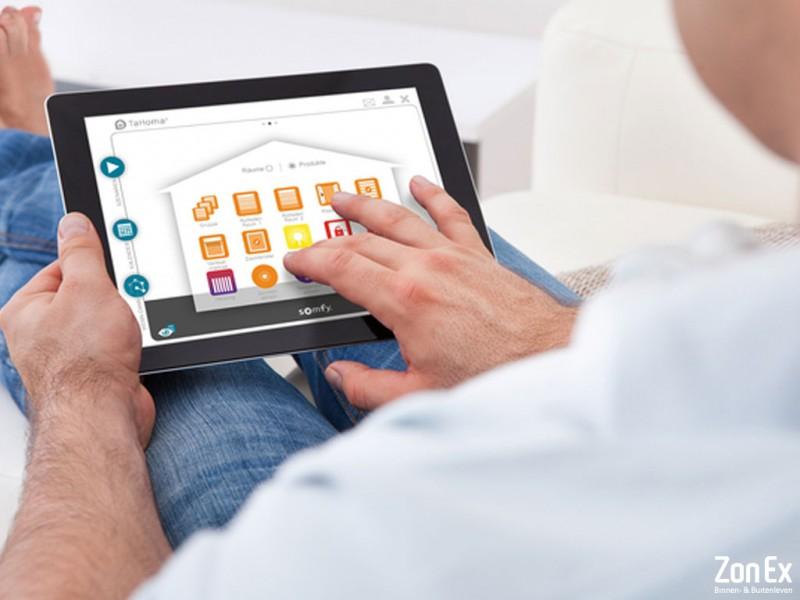 somfy smart home bij zonex uw somfy partner enschede. Black Bedroom Furniture Sets. Home Design Ideas