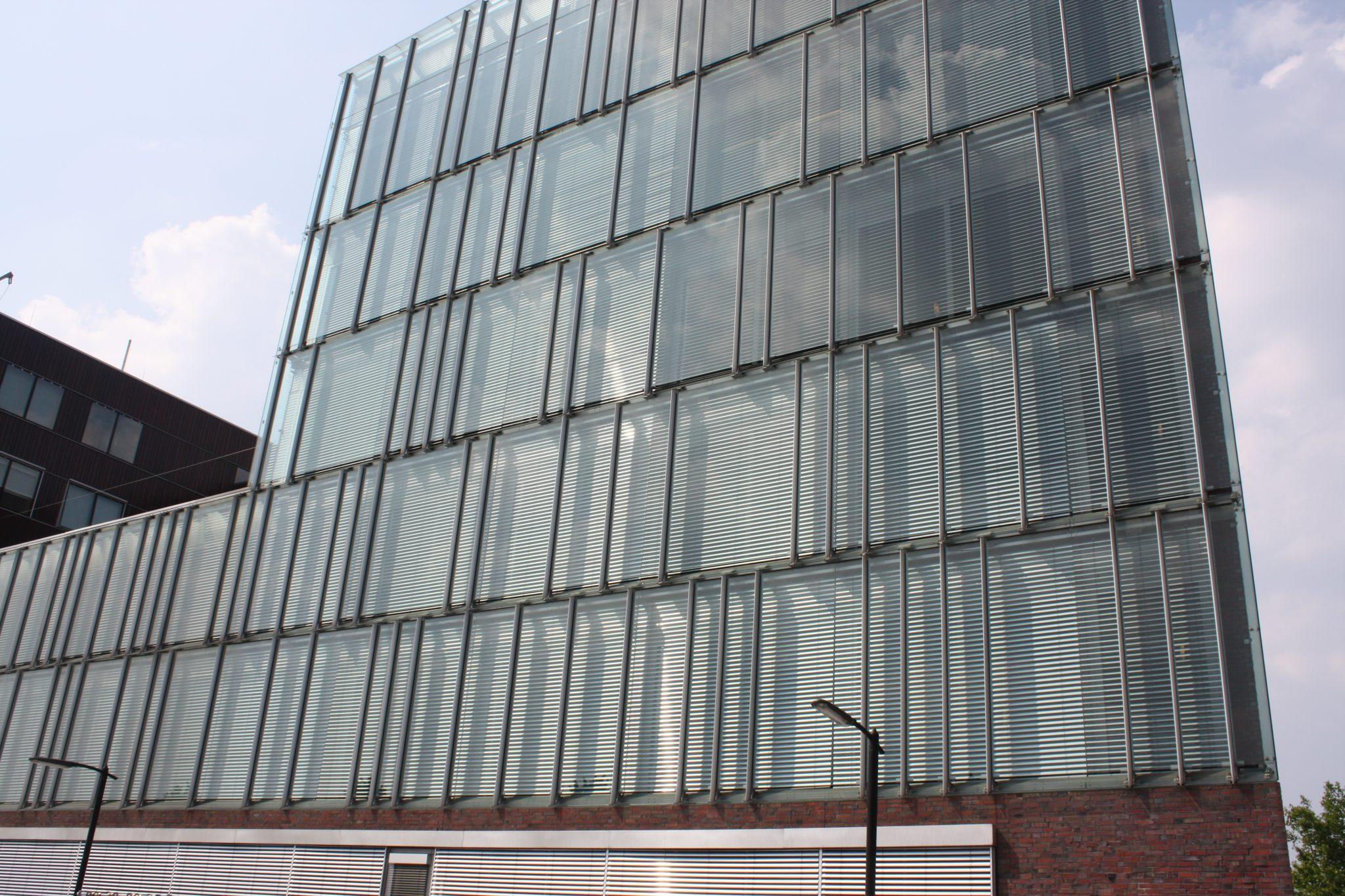 Buitenjaloezieën-stadskantoor-Enschede